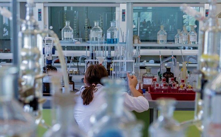fabrication des medicaments en laboratoire